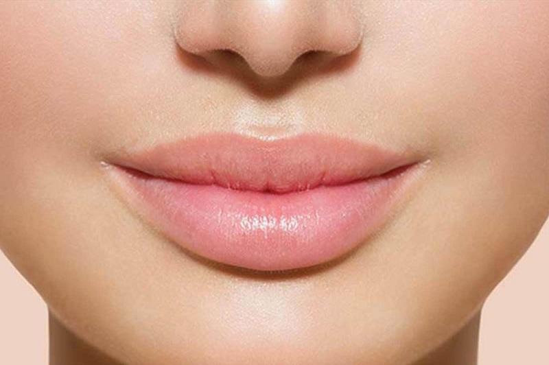 Natural pink lips