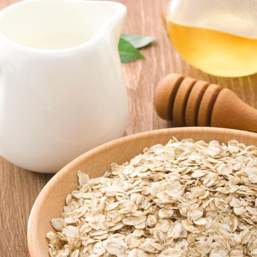Oatmeal and Honey Mask Exfoliate Dry Skin