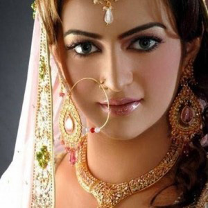 Navratri Make-up for Women