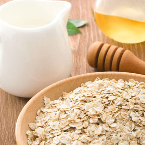 Oatmeal and Honey Mask Exfoliate Dry Skin