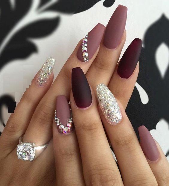 fashionable manicure bracelets1